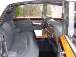 Rolls Royce Silver Cloud Wedding Car (15)