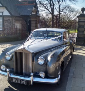 Rolls Royce wedding car in Runcorn